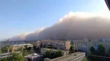 """Жахлива стихія розбушувалася в Росії, тисячі постраждалих: """"Накрило за лічені секунди"""""""