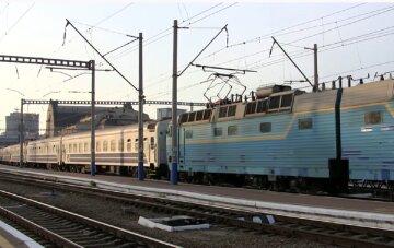 Рішення Укрзалізниці списувати вагони за віком спровокує дефіцит рухомого складу і погіршить якість перевезень, - експерт