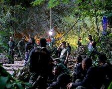 Таиланд-дети-пещера