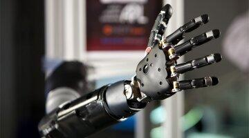 роботизированные руки япония