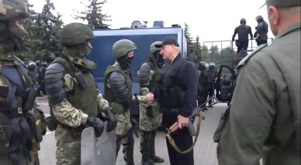 """Российские пропагандисты выпустили эпичный ролик о """"воине света"""" Лукашенко: """"Отец нации"""""""
