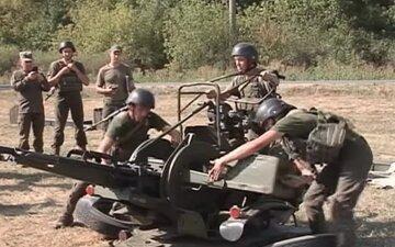 Под Днепр съехались военные со всей страны, открыт огонь: видео и подробности с места