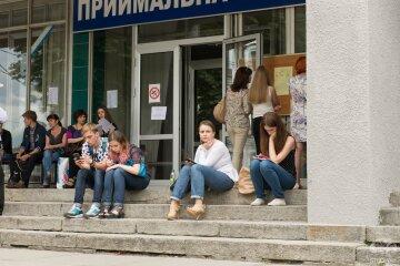 Вступительная кампания-2018: ТОП-10 самых популярных специальностей и университетов Украины