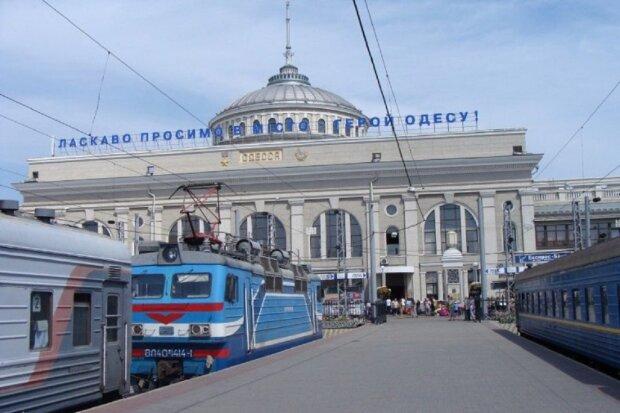 Приїхали: стало відомо про скасування двох одеських поїздів, подробиці