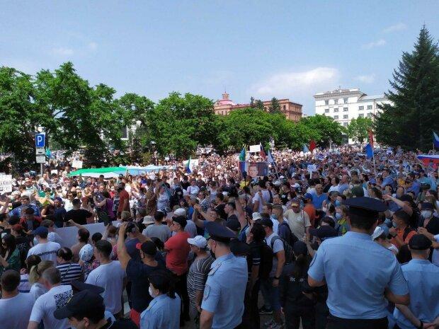 «Хабаровский край перейдёт в другое государство»: Кремлю сделали предупреждение