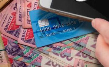 """Финансовая афера процветает в Днепре, деньги с карточек пропадают в один миг: как не стать жертвой """"развода"""""""