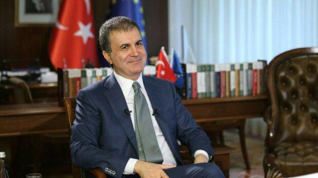 Турецкий министр в ЕС Омер Челик