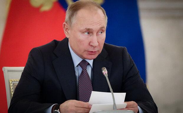 """Путин невольно выдал претензии к Украине на встрече с Меркель: """"Мира не видать"""""""