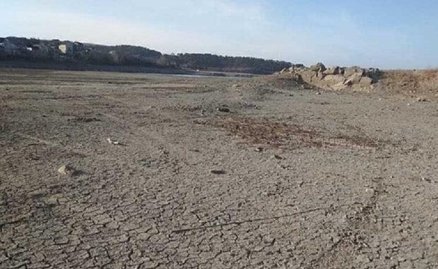 Крым настигла катастрофа, от глубоких водоемов почти ничего не осталось: кадры