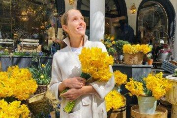 """Осадча в сукні королеви показала українцям кругленький животик: """"Катя і Юра молодці!"""""""