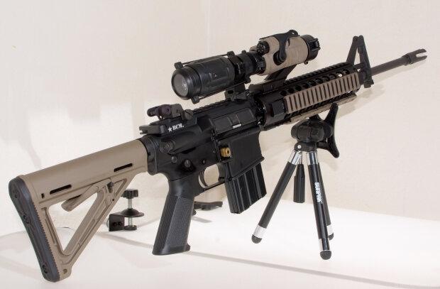 оружие винтовка AR-15