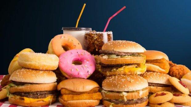 88762487_junk_food