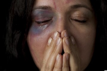 насилие женщина избиение побои