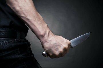 расправа нож