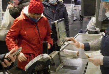 В Одессе массово жалуются на обслуживание не на украинском: больше доносов только в Киеве и Львове