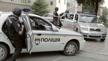 """План """"Перехват"""" введен на Одесчине, полиця на ушах: """"Силой затолкали в авто"""""""