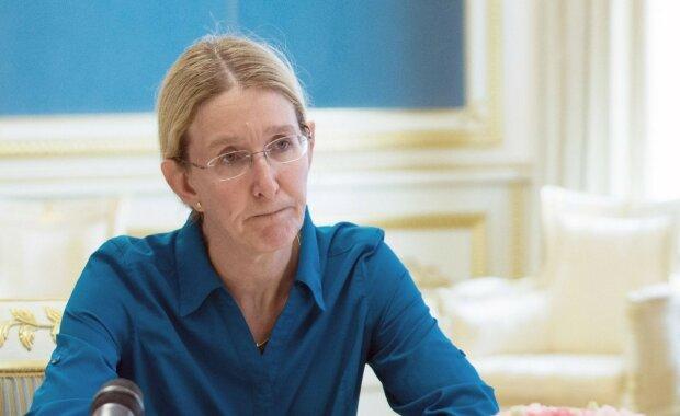 Сотни пациентов и 21 гривна в час: врач из Киева на своем примере раскрыла ужасы медреформы