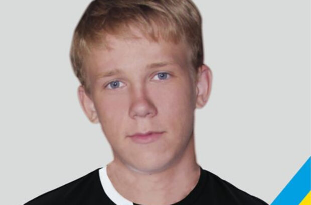 """""""Задержали за сине-желтую ленточку"""": с 16-летним украинцем жестко расправились на Донбассе"""