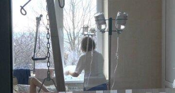 На Одещині чоловік ногами побив вагітну жінку: все закінчилося трагічно