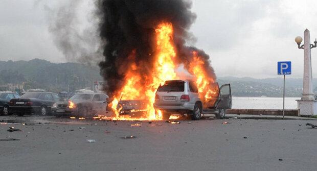 взрыв авто авария дтп огонь