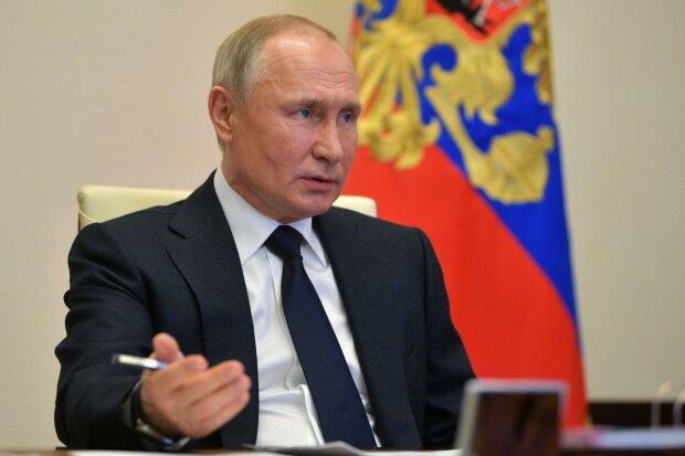 """Маневр Путина с """"обнулением"""" потерпел фиаско: """"результаты референдума будут..."""""""