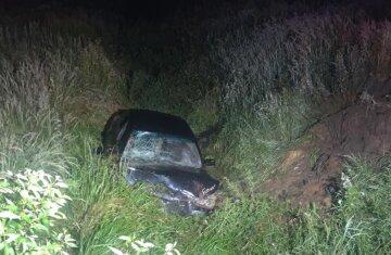 Мужчина пустил за руль 11-летнего сына: мальчик разбился в ДТП, отца забрала скорая
