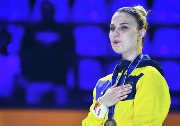 """Чемпионка Харлан заставила жениха-итальянца своим видом заговорить на другом языке: """"Ты очень..."""""""
