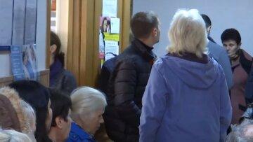 """Пенсия после отмены трудовых книг в Украине: в ПФУ сообщили об изменениях, """"желающие смогут..."""""""