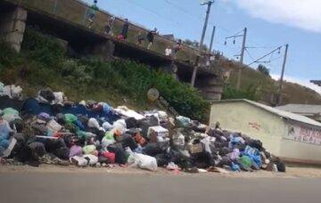 Курорты на Одесчине утопают в мусоре: плачевное видео
