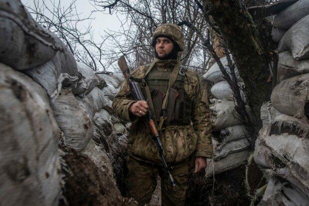 Вместо дня рождения венки: Украина прощается со своим героем, остались жена и сын