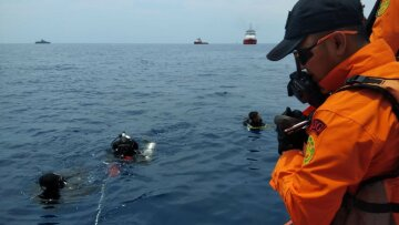 Boeing 737 боинг индонезия джакарта авиакатастрофа крушение