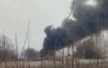 Вибухи стрясли позиції ЗСУ на Донбасі, поранених забирають з поля бою: останні дані з фронту