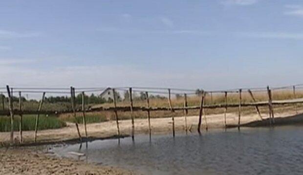 """Днепропетровщина может остаться без рек, кадры: """"буквально зацементировали и..."""""""