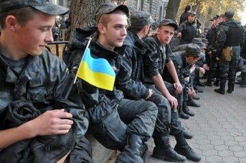 """В Одесі військові обклали даниною солдатів: """"500 доларів за послугу"""""""