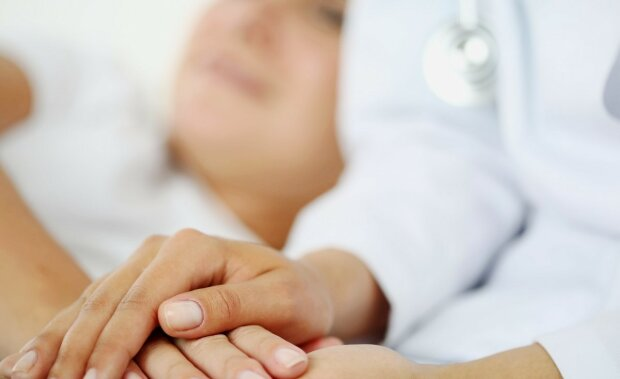 врач больница пациент