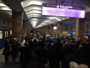 """""""Коли вони нажруться?"""": харків'яни збунтувалися проти свавілля в метро, """"вартість проїзду збільшили..."""""""