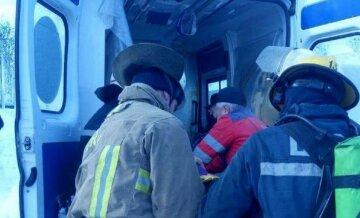 """На Киевщине в квартире вспыхнул пожар из-за  неосторожности хозяина, фото: """"лежа на диване он..."""""""