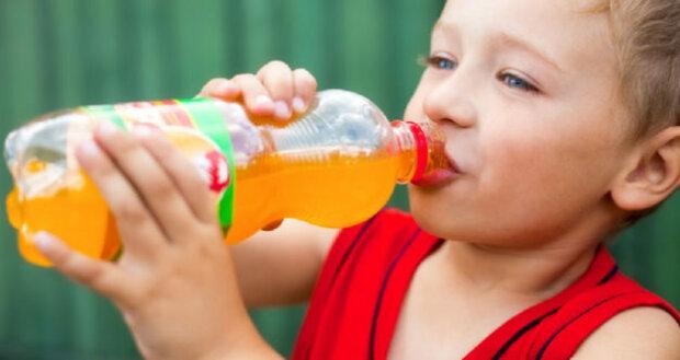 Уляна Супрун назвала небезпечні напої: не тільки газована вода
