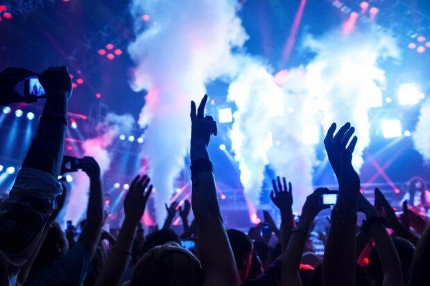 сцена концерт вечеринка