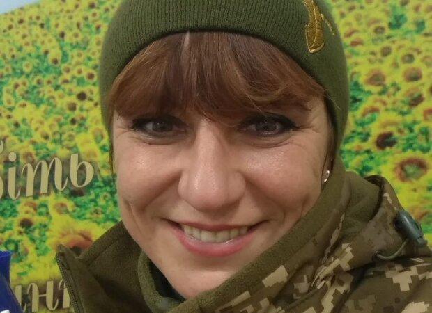 """""""До последнего дня была на передовой"""": украинцы простились с героиней АТО, фото"""