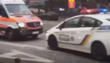 Трагическое ДТП в Киеве попало на видео: переходил не в том месте