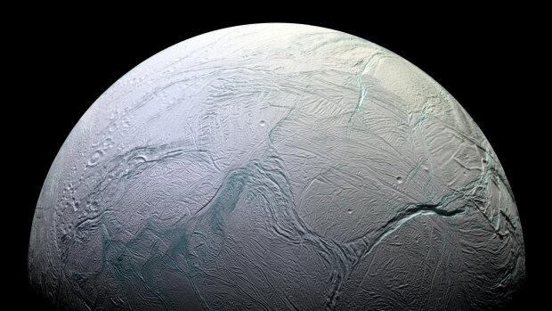 Энцелад спутник Сатурна планета космос