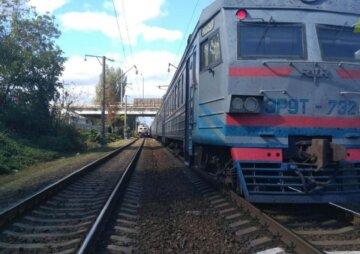 В Одесі на залізниці сталася трагедія, є жертви: перші кадри і деталі НП