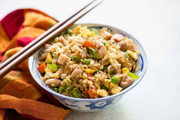 fried-rice-with-chicken-1-min