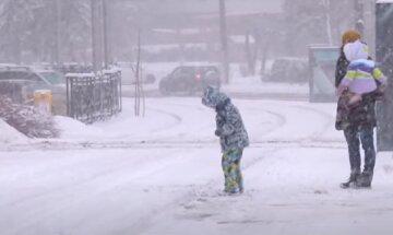 """Ухудшение погоды в Одессе, сделано срочное обращение властей: """"Не выходить из дома без..."""""""