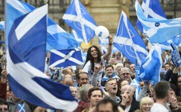 160624-scotland-brexit-cr-0639_b88aa94d109672a7cd9c8e2317d29518.nbcnews-ux-2880-1000