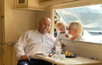"""Звезда """"Дизель Шоу"""" Крутоголов похвастался зимними развлечениями с младшим сыном: """"настоящий мужик растет"""""""