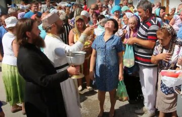 Медовый, Яблочный и Ореховый Спас в Украине: что важно сделать в эти дни
