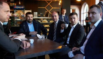 Українські чиновники знайшли крайніх у порушенні карантину: «Подвійні стандарти»