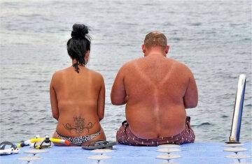 Нудисти побили вдягнених пляжників
